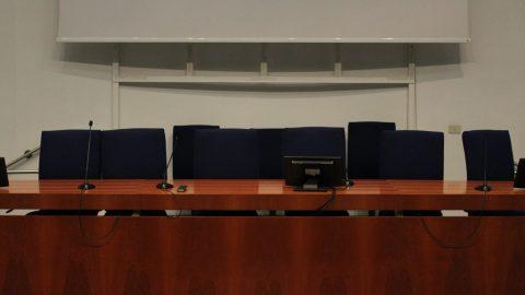 Aula Magna, tavolo presidenziale