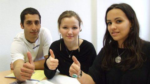 studenti al tavolo
